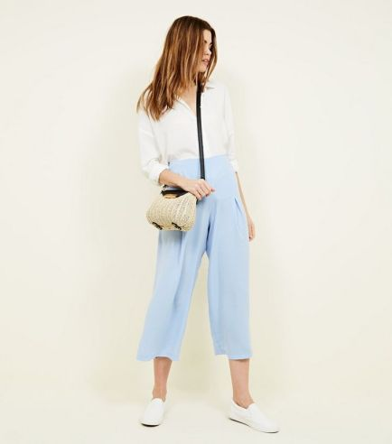 pale-blue-pleated-high-waist-cropped-trousers